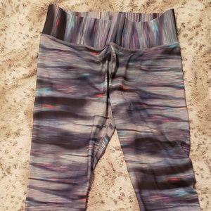 Xl Champion fitted Capri workout pants